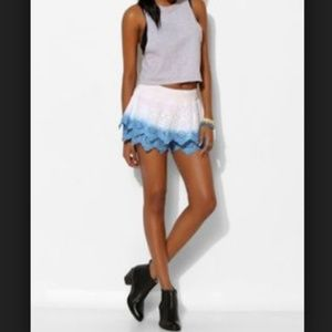 NWOT Urban Outfitters Staring at Stars Skorts